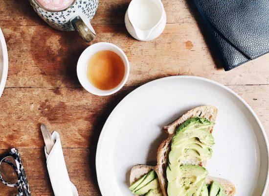 Jak oszczędzać w kuchni na jedzeniu